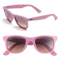Monday Must-Have: Ray-Ban Classic Pink Wayfarer's